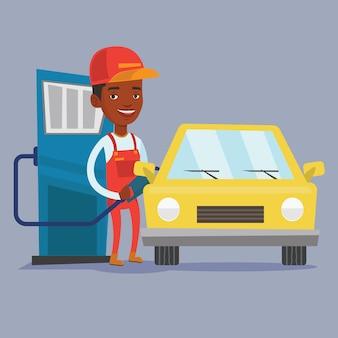 Travailleur remplissant le carburant dans la voiture.