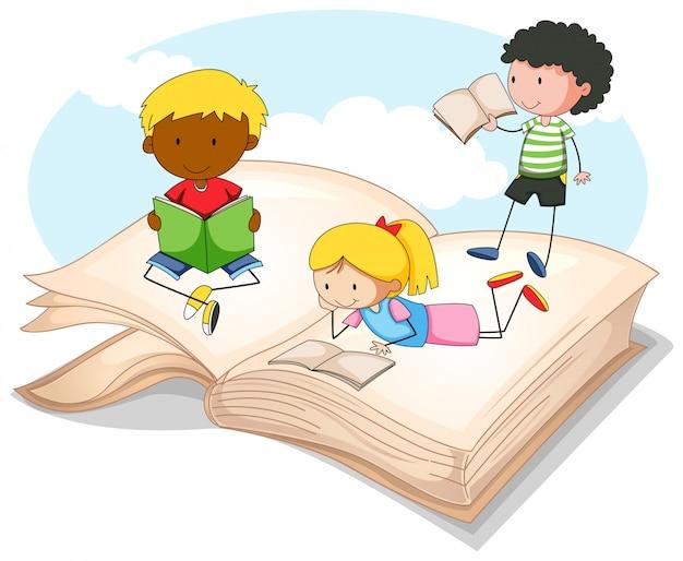 Trois enfants lisant un livre de contes