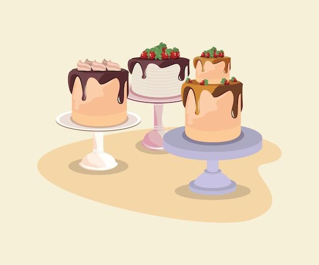 Trois gâteaux d'anniversaire avec des fruits sur le stand