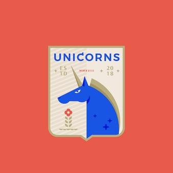 Unicorns medeival sports team emblème abstrait signe, symbole ou modèle de logo avec cheval à cornes dans un bouclier.