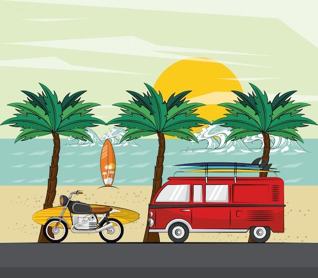 Van moto et surf à la plage