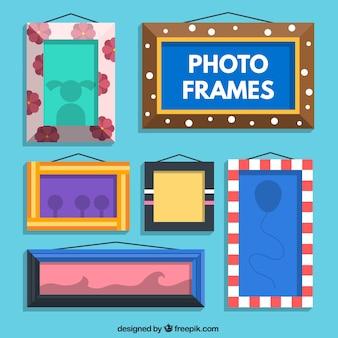 Variété de cadres photo plats