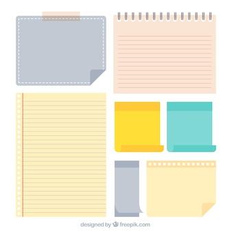 Variété de feuilles de papier colorés