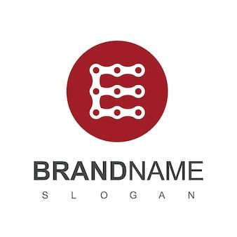 Vecteur de conception de logo de chaîne de lettre e