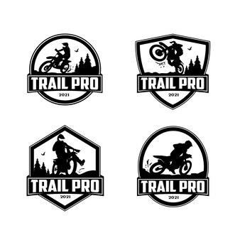 Vecteur de conception de logo d'insigne de sports de plein air