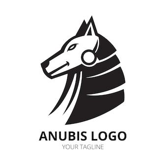 Vecteur de conception de logo mascotte anubis