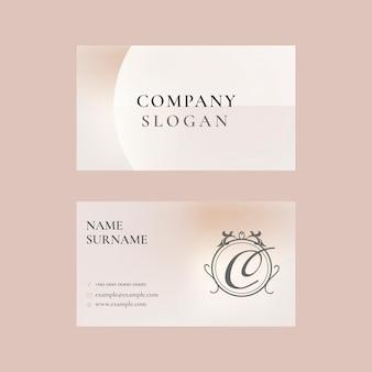 Vecteur de modèle de carte de visite en rose en sourdine pour la marque de beauté sur le thème féminin