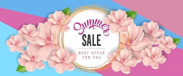 Vente d'été meilleure offre pour votre lettrage. inscription moderne en cercle avec des fleurs roses