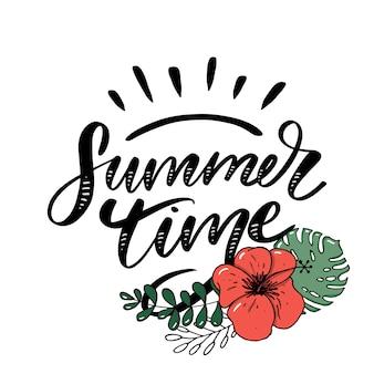 Vente de mot .lettres faites de fleurs et de feuilles affiche de bannière de flyer de vacances de l'heure d'été ventes d'été