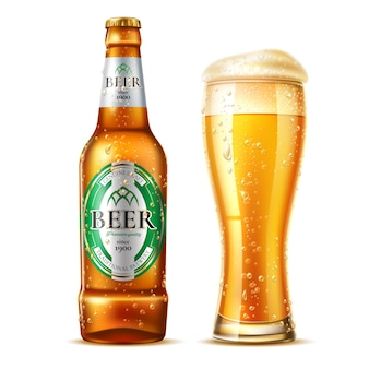 Verre à bière réaliste avec bouteille de bière blonde