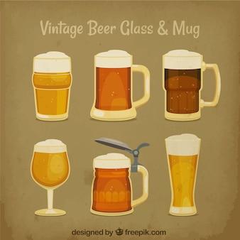 Verre à bière vintage et collection de tasses