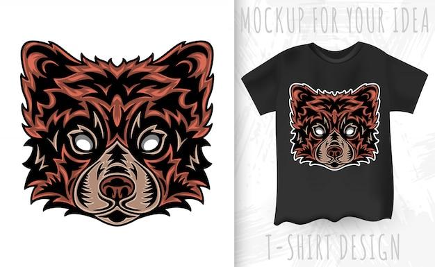 Visage vintage panda rouge. titre style vintage isolé