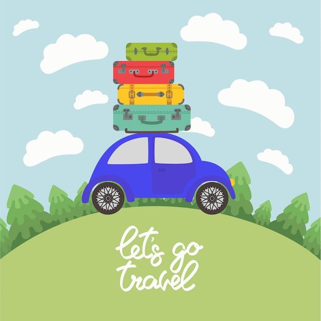 Voiture bleue avec bagages sur le toit pour de longues vacances sur la route