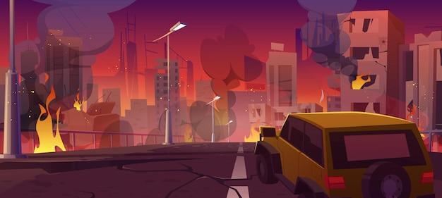 La voiture roule sur la route des ruines de la ville avec des maisons brisées et du feu.