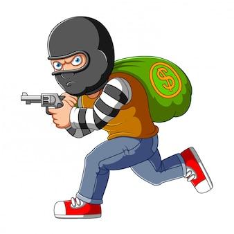 Voleur de banque en cours d'exécution avec des sacs d'argent et une arme à feu