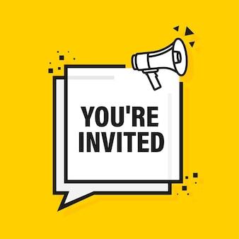 Vous êtes invité bannière jaune mégaphone. illustration.