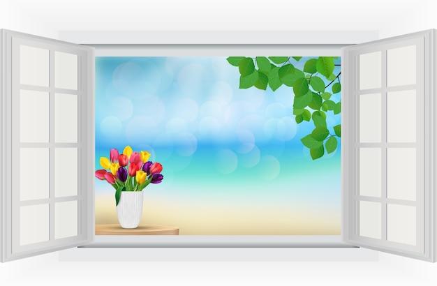 Vue sur la plage depuis la fenêtre