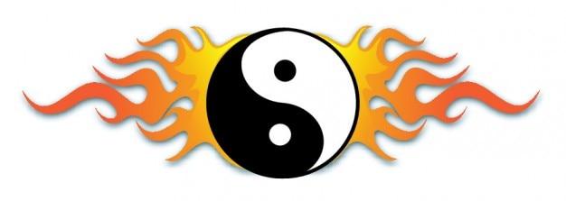 Yin yang avec des flammes