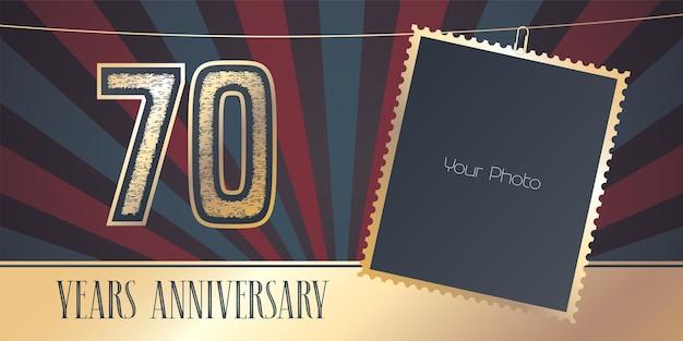 70 años de aniversario, collage de marcos de fotos y número para el 70 aniversario.