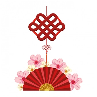 Abanico chino y colgante decorativo