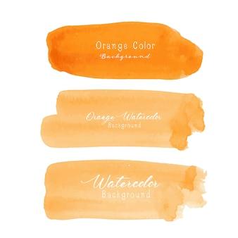 Acuarela anaranjada del movimiento del cepillo en el fondo blanco.