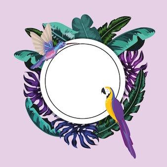 Adhesivo circular con loro y hojas tropicales.