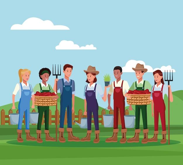 Agricultores que trabajan en caricaturas de la granja.