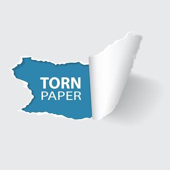Agujero rasgado en papel