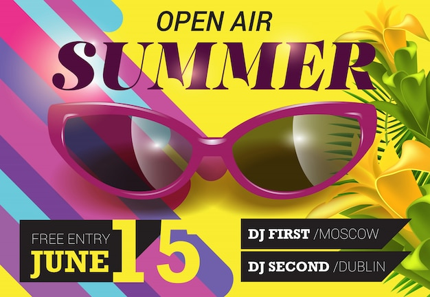Aire libre, verano, quince de junio letras con flores y gafas de sol.