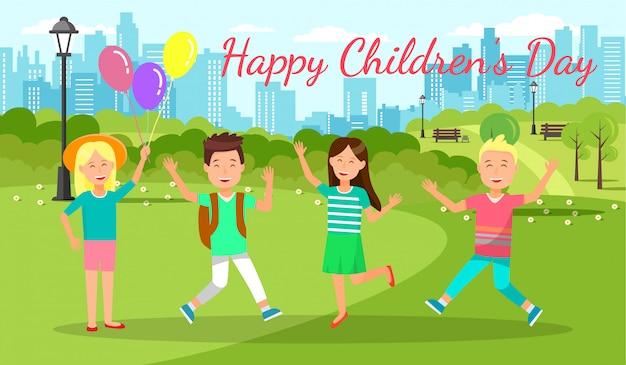 Alegre fin de semana para niños y niñas en city park.
