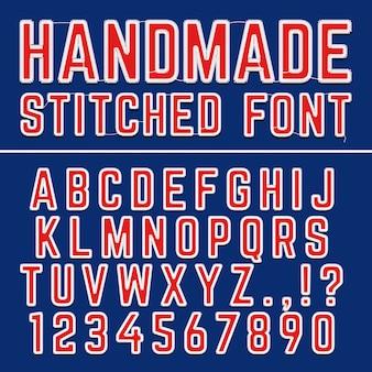 Alfabeto de fuente de vector bordado hecho a mano. letras cosidas para la decoración de telas. letra del alfabeto