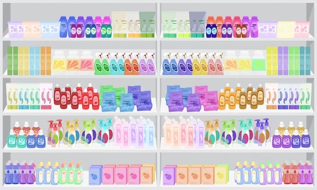Almacene las estanterías de los estantes del supermercado con productos químicos de uso doméstico