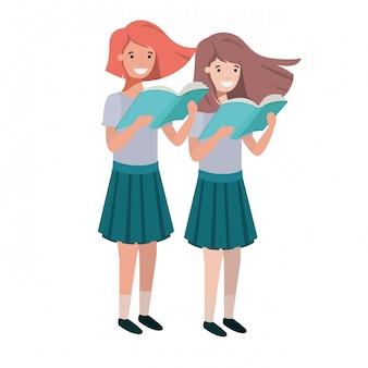 Alumnas con libro de lectura en las manos.