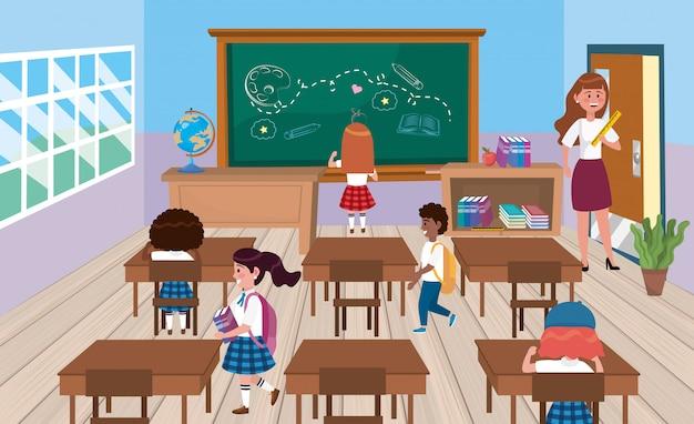 Alumnos de niñas y niños con maestra en el aula.