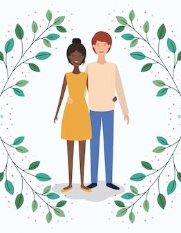 Amantes interraciales pareja con hojas corona personajes.