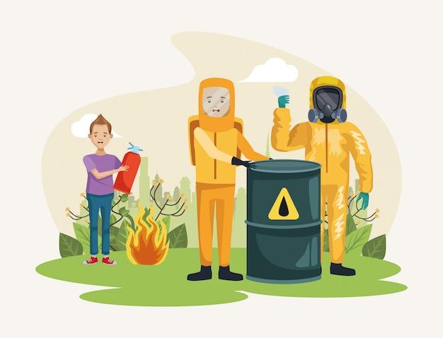 Ambientalistas con personajes de protección de trajes nucleares.