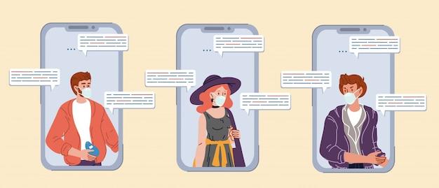 Amigos adolescentes que se comunican a través del chat del teléfono inteligente