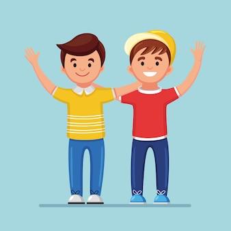 Amigos felices en el fondo. los hombres se abrazan y sonríen. amistad de chicos