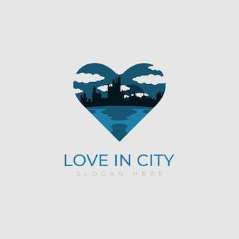 Amor edificio plantilla de logotipo ciudad con concepto de diseño de icono de corazón