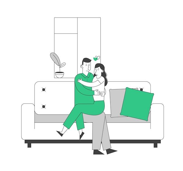 Amoroso, pareja, abrazar, sentado, en, sofá, en casa