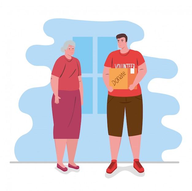 Anciana con hombre voluntario con caja de donación, caridad y concepto de donación de asistencia social