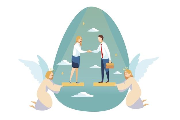 Ángeles personajes religiosos ayudando a joven empresario mujer secretaria gerente haciendo trato.