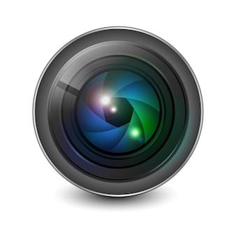 Apertura del obturador de la lente de la cámara aislada.
