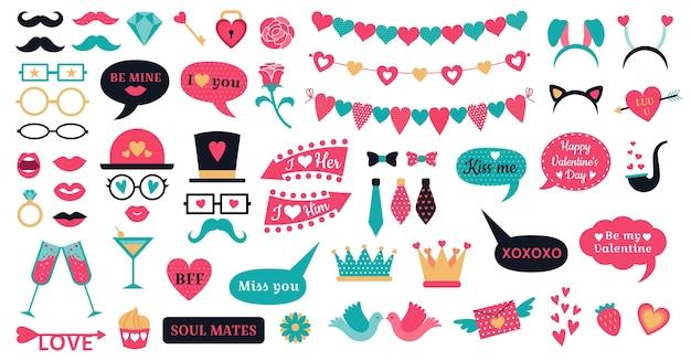Apoyos de la cabina de fotos el día de san valentín. apoyos de corazones de amor, labios de beso y banderines en forma de corazón