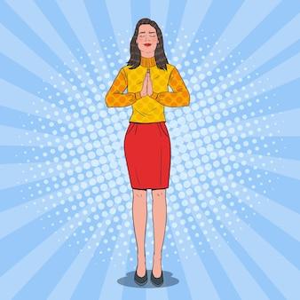 Arte pop alegre mujer rezando