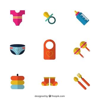 Artículos de bebé en diseño plano