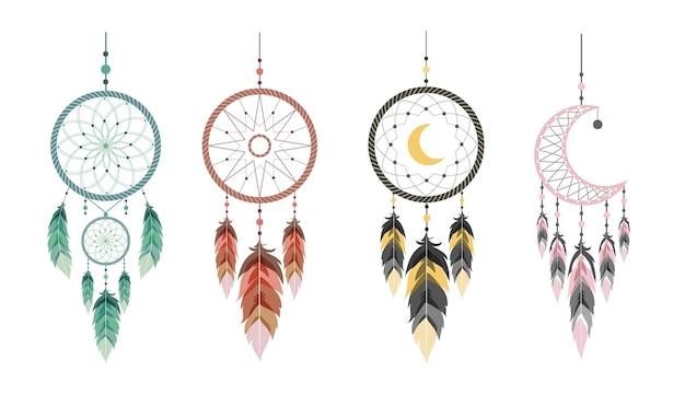 Atrapasueños con luna y plumas. conjunto de talismanes indios.
