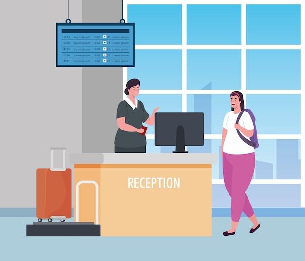 Azafata y mujer en la recepción de la terminal del aeropuerto