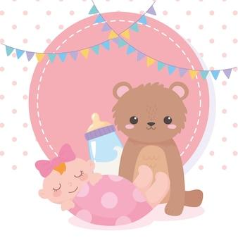Baby shower, osito de peluche niña y botella de leche, celebración bienvenido recién nacido
