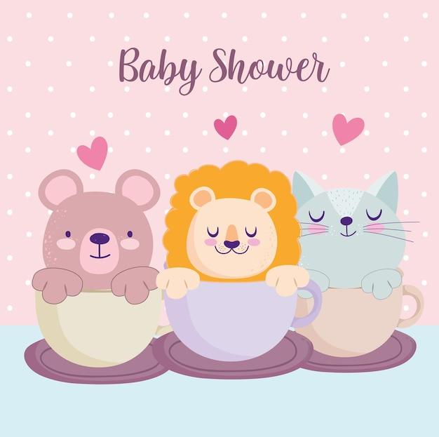 Baby shower pequeño león oso y gato en taza hermosa tarjeta de invitación ilustración vectorial